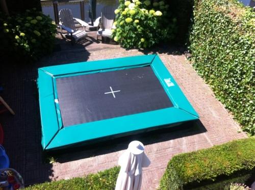 Trampoline Kleine Tuin : Elfje hawai rechthoekige trampoline outdoor toys krimpen